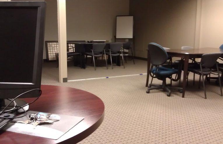 офисни столове
